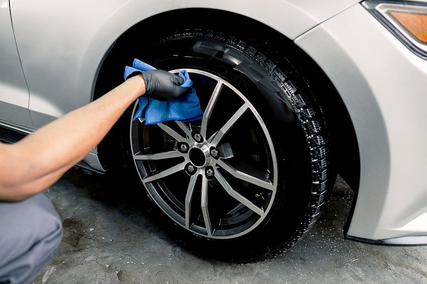 Cleaning Before Using Rim Paint